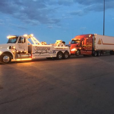 heavy duty towing service, semi towing, romeoville, il